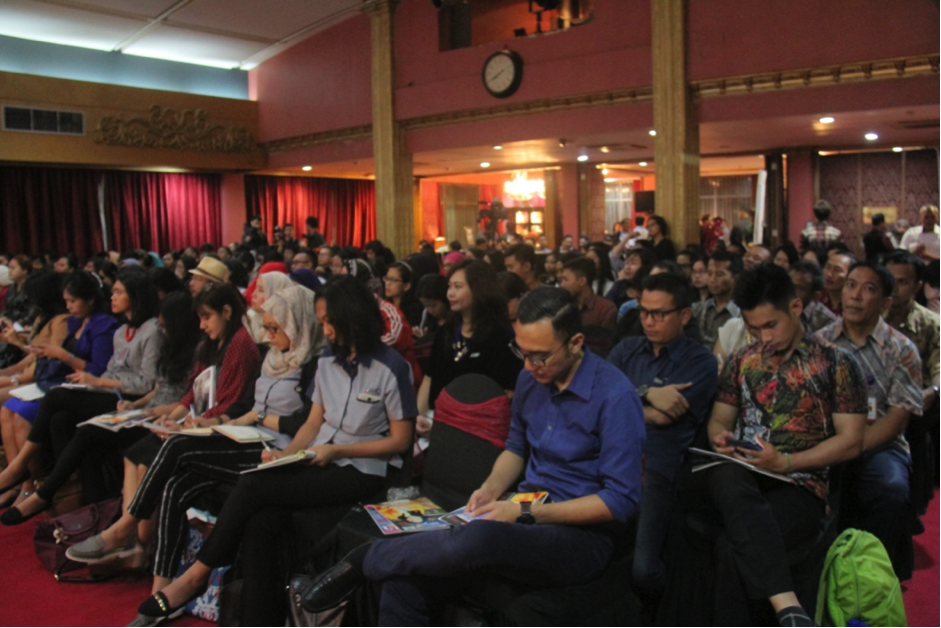 Students, PR Practitioners and Academics were attending PR Corner Live.