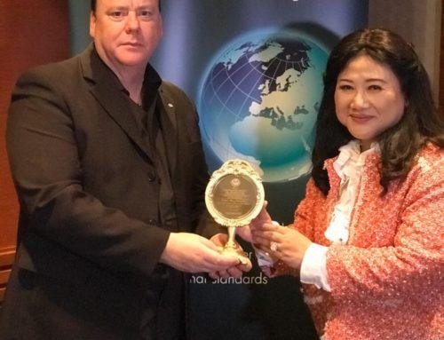APRN Giving Lifetime Honorary Fellowship Award to Justin Green